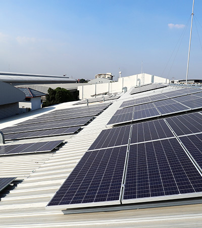 Commercial Roof and Solar Panel Cleaning